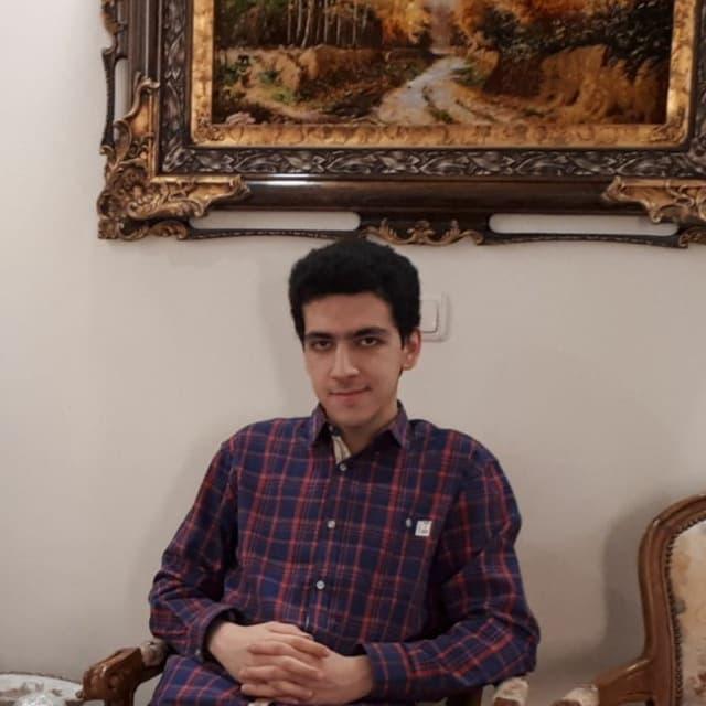 امیرحسین قیریان: دانشجوی پزشکی